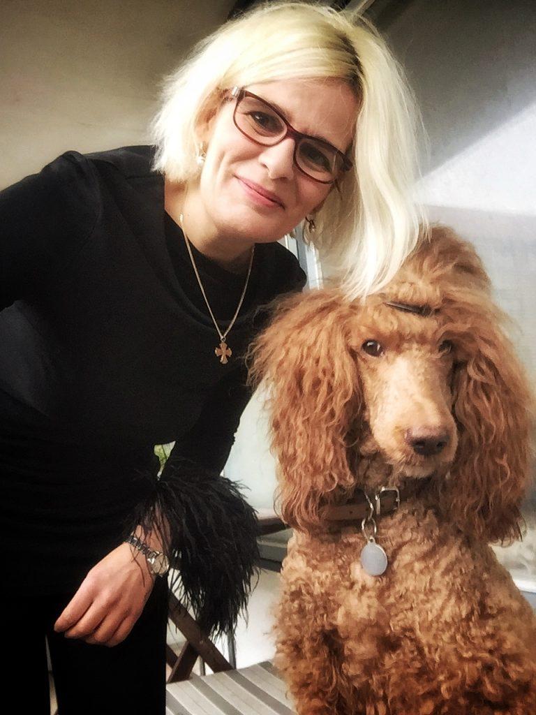 Lotte eulalia botteleth and Athene portrait nytår med tilbageblik